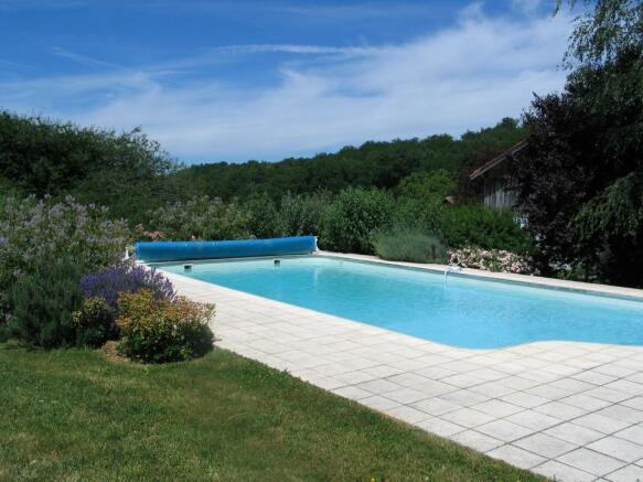 Pool house/pergola