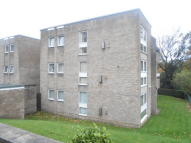Lister Lane Flat to rent