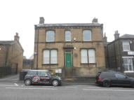 2 bed Apartment to rent in Carr House Road, Shelf...