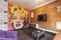 Studio apartment in NEWSOME ROAD...