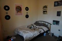 10 bed Terraced property to rent in 10 BEDROOM PROPERTY...