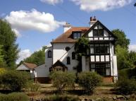5 bedroom Detached house to rent in Bull Lane, Gerrards Cross