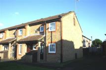 Apartment for sale in Waterside Close, Northolt