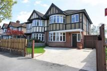 3 bed semi detached home in Deanecroft Road, Pinner