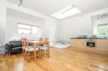 Flat to rent in Hoop Lane London NW11