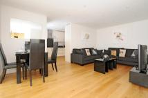 2 bedroom Apartment to rent in Holden Road North...
