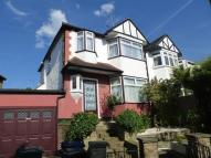 4 bed house in Naylor Road Whetstone N20