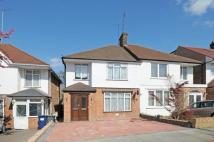 3 bedroom property to rent in Nethercourt Avenue...