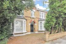 5 bed property in Sunny Gardens Road...