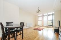 Apartment to rent in Peacock Close Mill Hill...