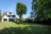 4 bed Detached home for sale in Woodville Road, Barnet