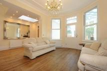 5 bed semi detached house in Woodside Park Road...