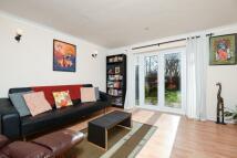 Terraced house in Kensington Close...