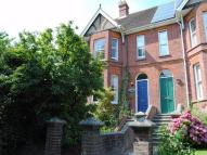 6 bed semi detached house in Brightling Road...