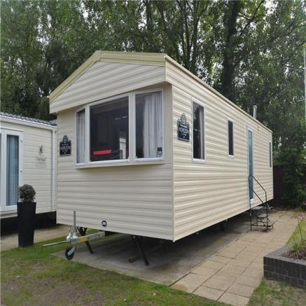 Perfect Bedroom Caravan For Sale In Rockley Park Poole Dorset BH15 BH15