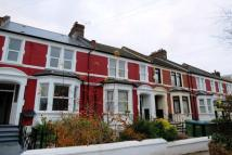 Flat to rent in Cantwell Road...