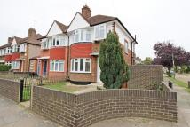 4 bed semi detached house in Whitton Dene,  Isleworth...