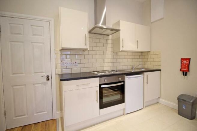 957_kitchen.jpg