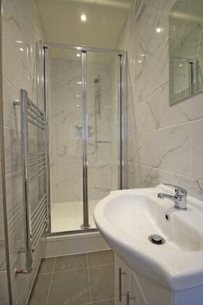 957_Shower room.jpg