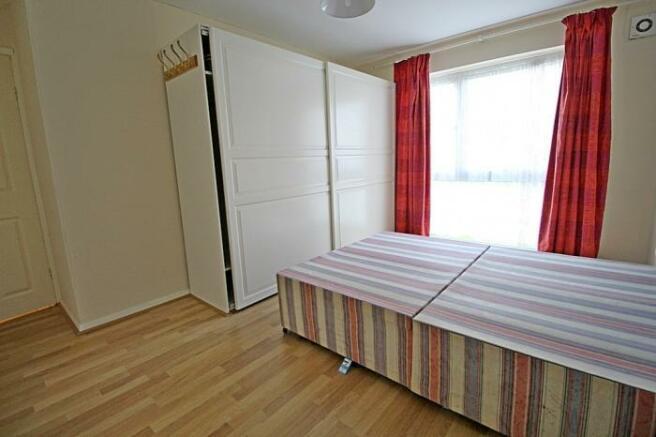 1104_bedroom.jpg