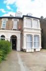 Flat to rent in Wallwood Road, London...