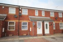 2 bedroom Terraced property to rent in Swallowfield Drive...
