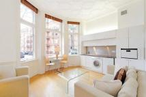 Kensington Court Flat to rent