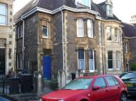 Flat to rent in Clifton, York Gardens
