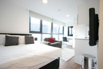 Studio flat to rent in CHAMBER STREET, London...