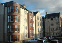 2 bedroom Flat in 26 Hendersons Court...