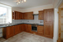 Flat to rent in Apt 1, 4 Roxburgh Street...