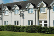 Ground Flat to rent in 15 STRAE BRIGS...