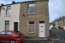 2 bed property in Spring St, Rishton...