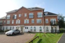 2 bed Flat to rent in Garden Close...