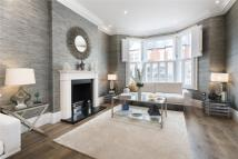 6 bed semi detached home in Cloncurry Street...