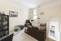 2 bedroom Flat in Fulham Road, London...