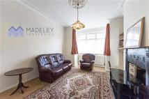 Apartment to rent in Sydney Road, W13, Ealing