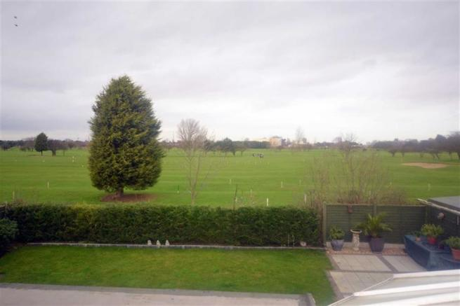 VIEWS ACROSS CLEETHORPES GOLF COURSE