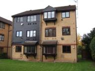 Flat in Kilberry Close, Isleworth