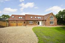 4 bedroom Detached home in Oak Lane, Easterton...