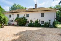 5 bed Detached home in St Joan A Gore...