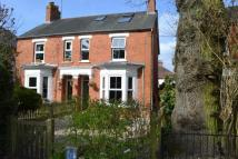 Newbury semi detached house to rent