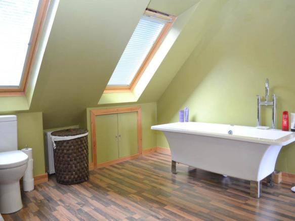 Bathroom N