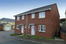 3 bedroom semi detached house to rent in Oakfields, Tiverton...
