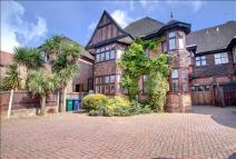 6 bedroom semi detached home for sale in Wykeham Road, Hendon...