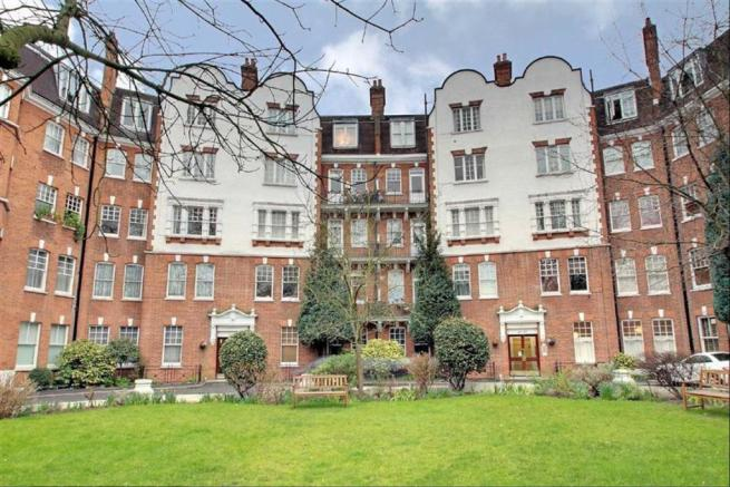 2 bedroom apartment for sale in Kings Gardens West Hampstead