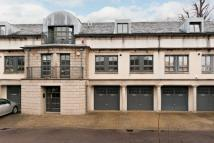 3 bedroom Ground Maisonette for sale in 37/1 Cavalry Park Drive...