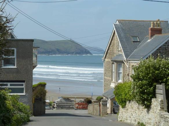 VIEW ON THE APPROACH TO NEW POLZEATH