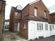 2 bed Maisonette to rent in 23a Barnet Road...