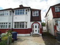 3 bedroom semi detached house in IVERE DRIVE, Barnet, EN5